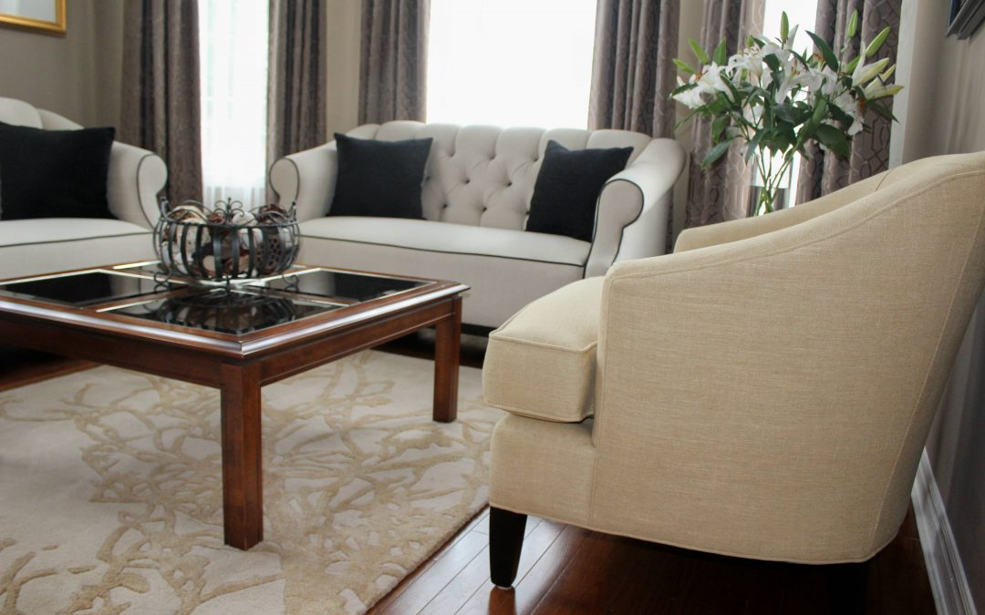 Oakville Interior Design Update: Traditional Décor Style Tweaked to Transitional Style